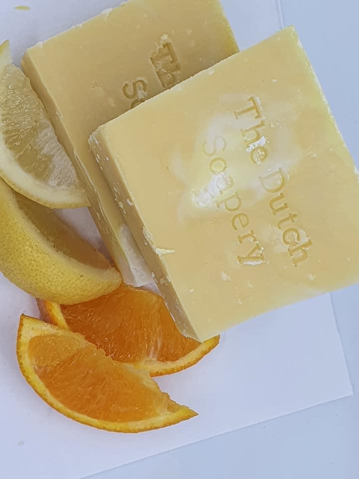 Citrus zeep (met citroen- en sinaasappelolie)